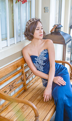 Scenery Gown 1